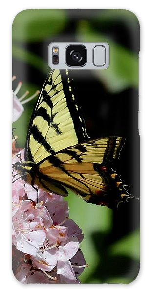 Swallow Tail On Mountain Laurel Galaxy Case