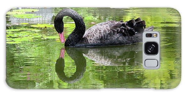 Swan Of Hearts Galaxy Case