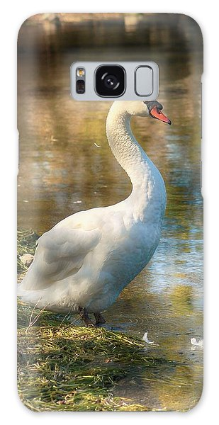 Swan Portrait Galaxy Case