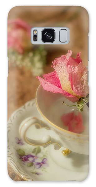 Tea And Roses Galaxy Case