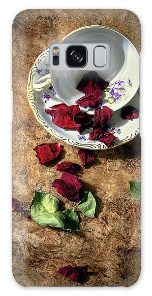 Teacup And Red Rose Petals Galaxy Case