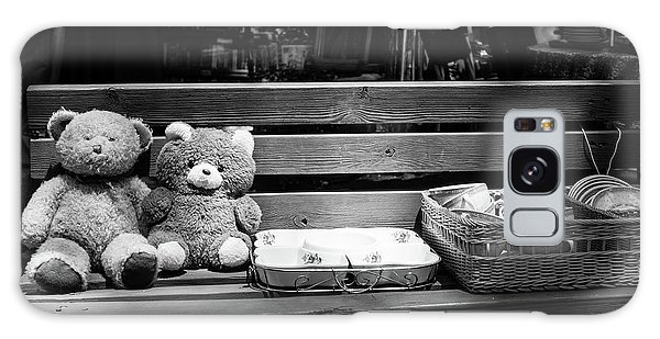 Teddy Bear Lovers On The Bench Galaxy Case