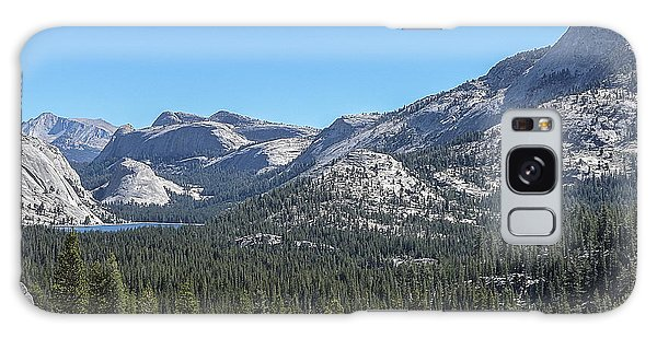 Tenaya Lake And Surrounding Mountains Yosemite National Park Galaxy Case