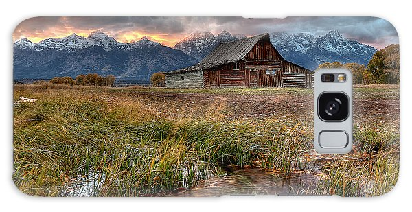Teton Nightfire At The Ta Moulton Barn Galaxy Case