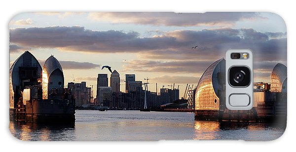 Thames Barrier And Seagulls Galaxy Case