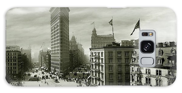 The Empire Galaxy Case - The Beautiful Flatiron Building Circa 1902 by Jon Neidert