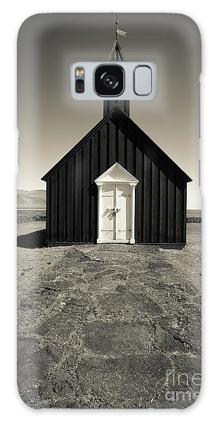 Galaxy Case featuring the photograph The Black Church by Edward Fielding