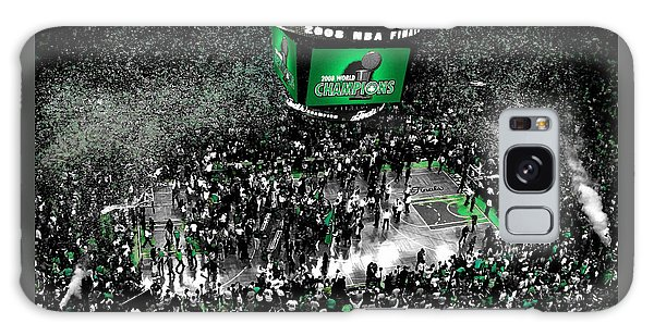 Larry Bird Galaxy S8 Case - The Boston Celtics 2008 Nba Finals by Brian Reaves