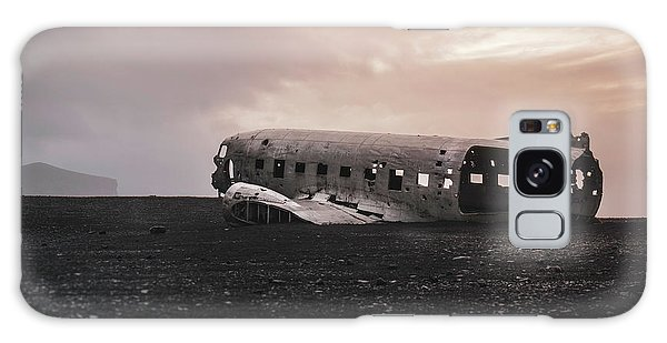 The Ghost - Plane Wreck In Iceland Galaxy Case