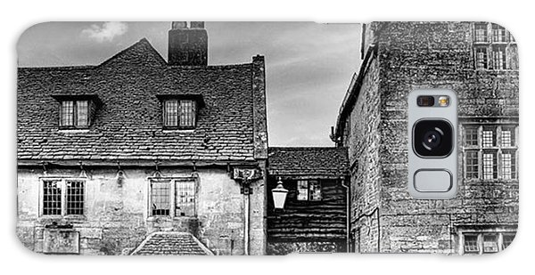 Galaxy Case - The Lygon Arms, Broadway by John Edwards