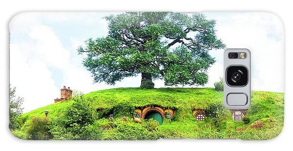 The Oak Tree At Bag End Galaxy Case