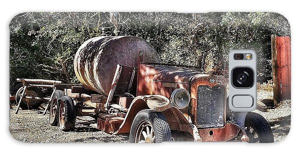 The Old Jalopy In Wine Country, California  Galaxy Case