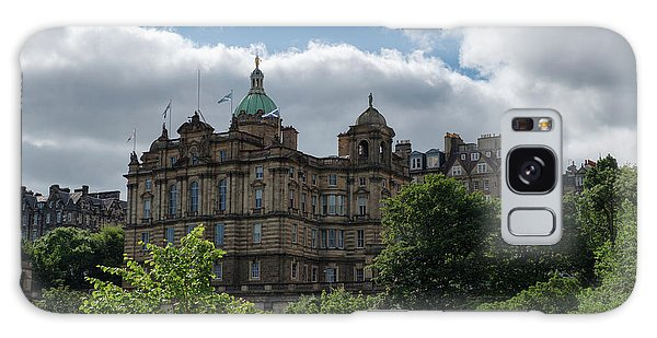 Galaxy Case featuring the photograph The Old Town In Edinburgh by Jeremy Lavender Photography