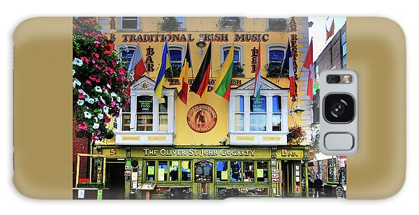 The Oliver St John Goarty Bar Dublin Galaxy Case
