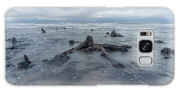 The Tide Comes In Over The Bronze Age Sunken Forest At Borth On The West Wales Coast Uk Galaxy Case