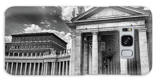 The Tuscan Colonnades In The Vatican Galaxy Case