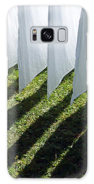 The Washing Is On The Line - Shadow Play Galaxy Case