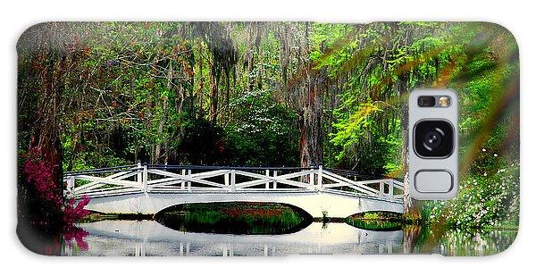 The White Bridge In Magnolia Gardens Sc Galaxy Case
