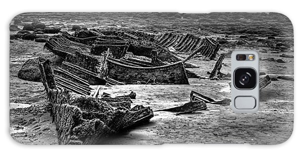 Galaxy Case - The Wreck Of The Steam Trawler by John Edwards