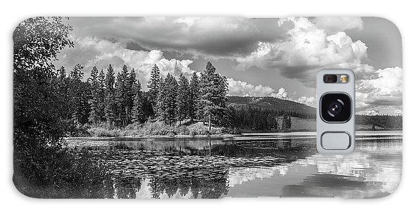 Thompson Lake In Black And White Galaxy Case