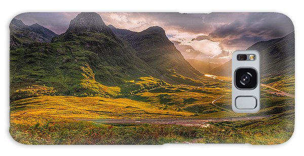 Three Sisters Of Glencoe Galaxy Case by Paul and Fe Photography Messenger