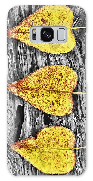Three Yellow Leaves Galaxy Case