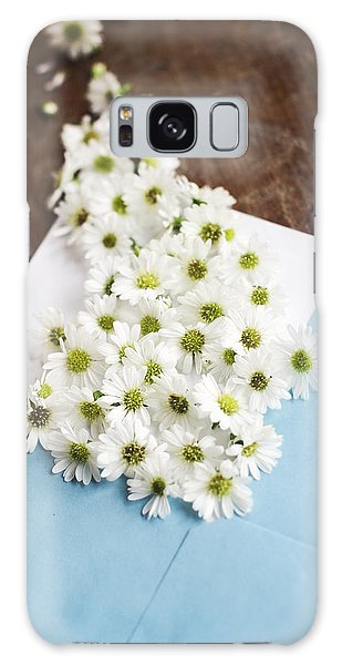 Tiny Daisies Spilling From Blue Envelope Galaxy Case