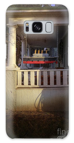 Titanic Porch Galaxy Case