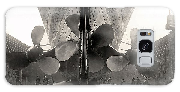 Titanic's Propellers  Galaxy Case