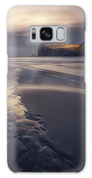 Beach Sunset Galaxy Case - Tjornuvik Beach by Tor-Ivar Naess