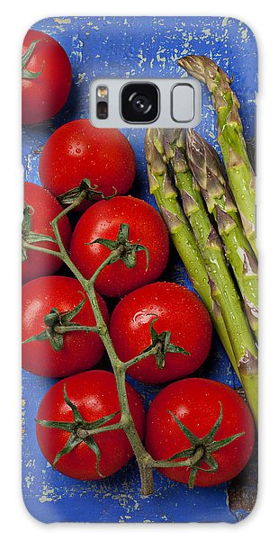 Asparagus Galaxy Case - Tomatoes And Asparagus  by Garry Gay