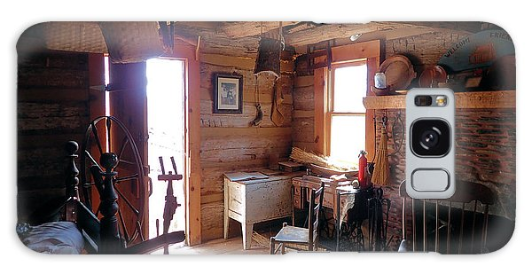 Tom's Old Fashion Cabin Galaxy Case