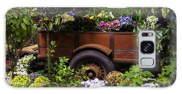 Trailer Galaxy Case - Trailer Full Of Flowers by Garry Gay