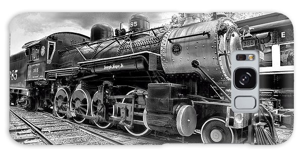 Train - Steam Engine Locomotive 385 In Black And White Galaxy Case