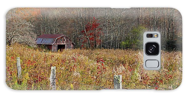 Tucked Away - Barns Galaxy Case by HH Photography of Florida