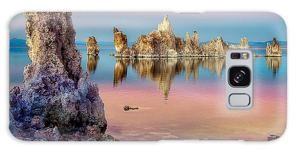 Tufas At Mono Lake Galaxy Case