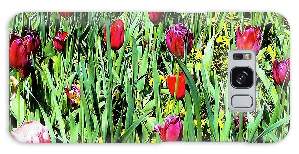 Tulips Blooming Galaxy Case