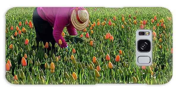 Tulips Picker Galaxy Case