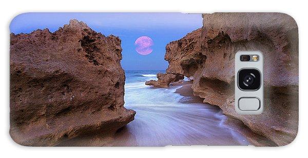 Twilight Moon Rising Over Hutchinson Island Beach Rocks Galaxy Case by Justin Kelefas