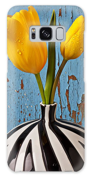 Weathered Galaxy Case - Two Yellow Tulips by Garry Gay