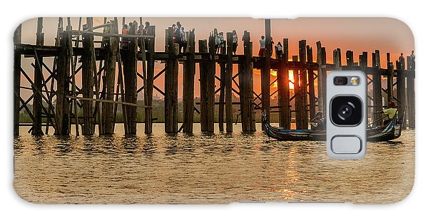 U-bein Bridge Galaxy Case by Werner Padarin