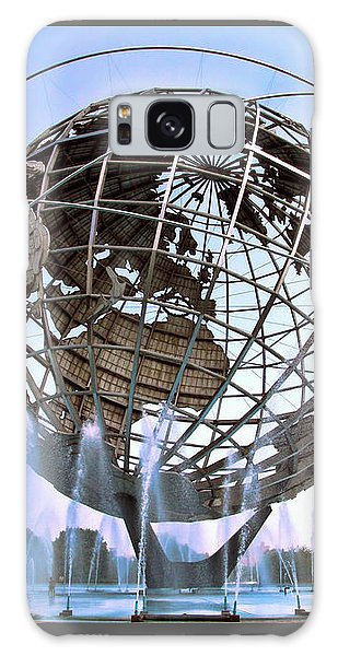 Unisphere With Fountains Galaxy Case