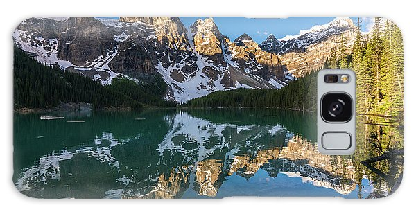 Moraine Lake Galaxy Case - Valley Of The Ten Peaks Lake Moraine by Mike Reid
