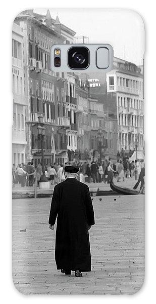 Venetian Priest And Gondola Galaxy Case