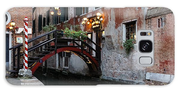 Venice Italy - The Cheerful Christmassy Restaurant Entrance Bridge Galaxy Case