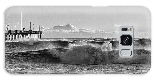 Ventura Pier El Nino 2016 Galaxy Case by John A Rodriguez