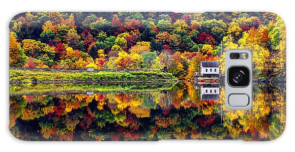 Vermont Autumn Reflections Galaxy Case