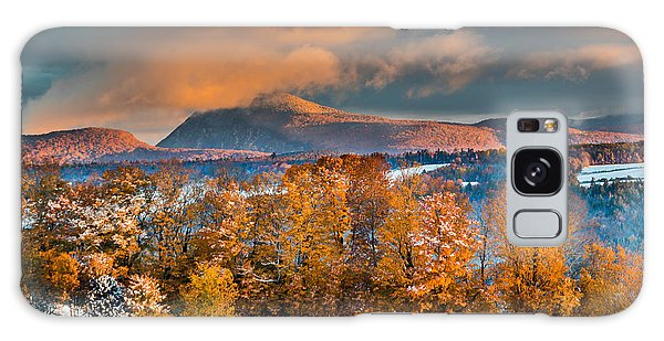 Vermont Snowliage Scene Galaxy Case