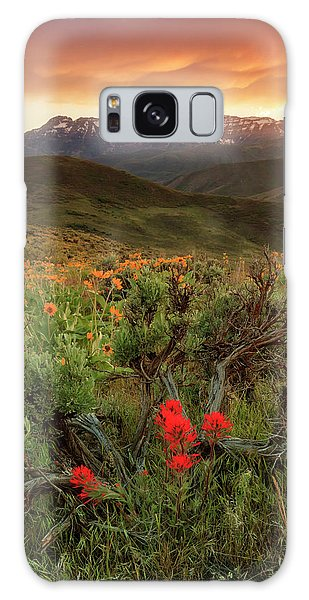 Vertical Timp With Wildflowers Galaxy Case
