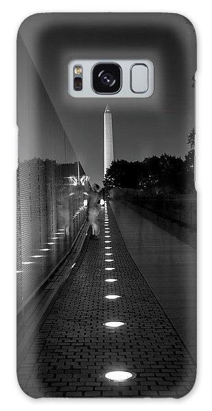 Vietnam Veterans Memorial At Night In Black And White Galaxy Case